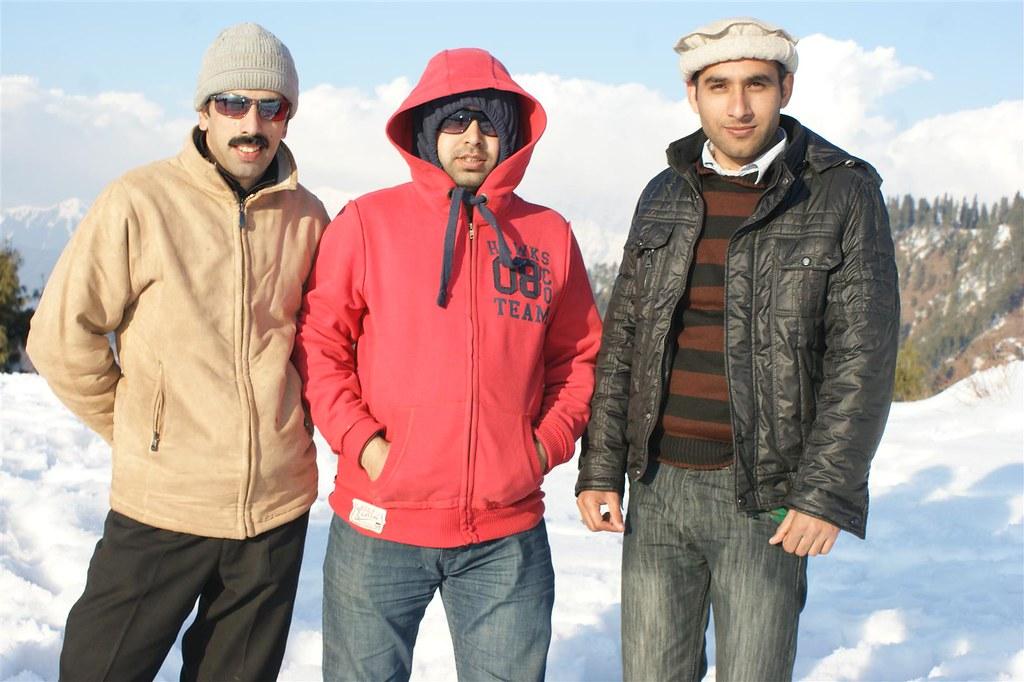 Muzaffarabad Jeep Club Snow Cross 2012 - 6796510851 7fc948f12e b
