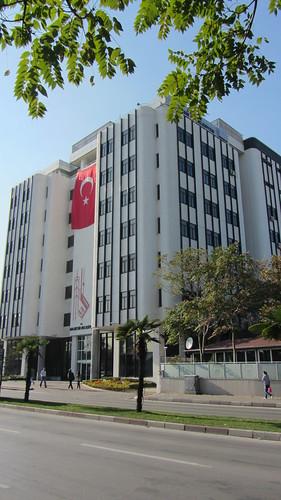 Balikesir: Balikesir Belediyesi Building (2)
