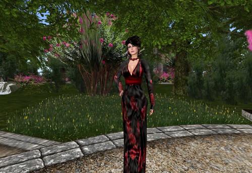 PurpleMoon - Bed of Roses Mesh Dress in Black/Red, 75 lindens by Cherokeeh Asteria