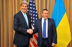 Secretary Kerry Chats With Ukrainian Foreign Minister Deshchytsia Before Meeting With Russians