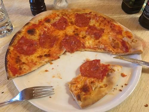 Napoli vs Milano Pizza