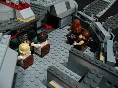 7965 Millennium Falcon Review: interior