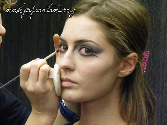 glitter ice makeup_6