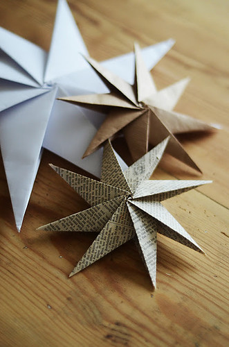 Origami star ornament diy