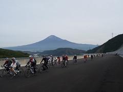 富士山を背景に走る@ふじのくにCYCLE FES.