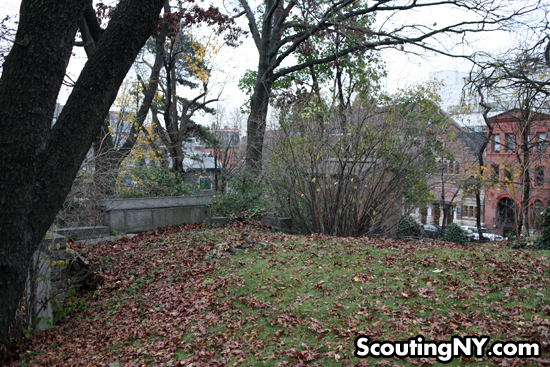 Santaria At Old Trinity Cemetery   Scouting NY
