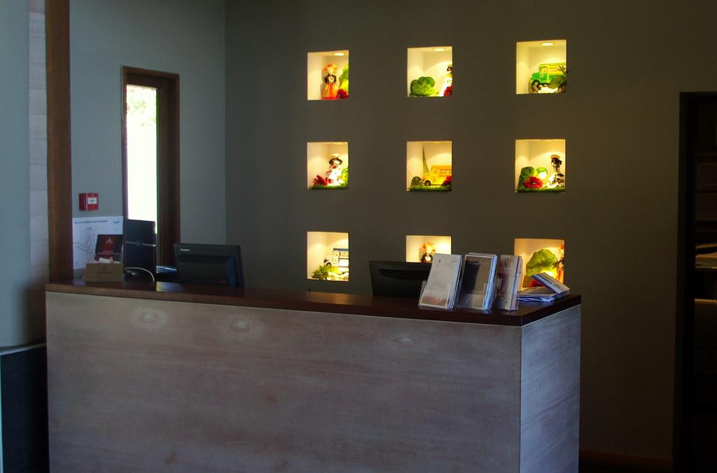 Legends Resort Moorea Reception