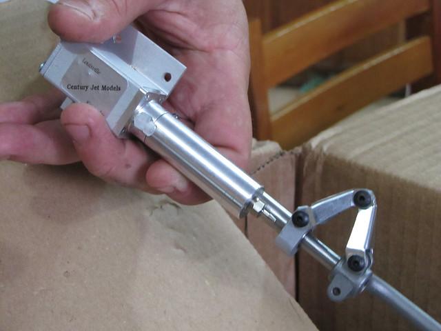 Montagem gratificante P-47 Thunderbolt Do Kit ao AR - Página 4 6473029185_b967147e6a_z