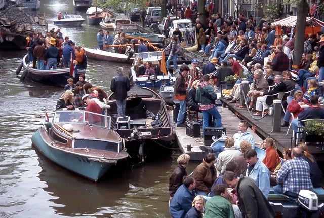 Passing Boats, Amsterdam
