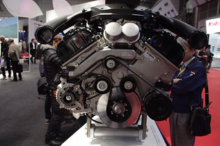 Lexus LFA engine by Yamaha