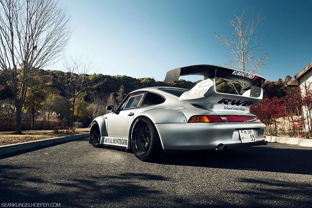 "Nakai's ""Royal Montegobay"" RAUH-Welt 993 Porsche 911"