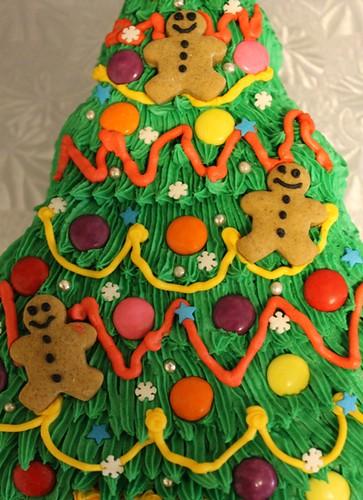 Christmas Tree Cake - 5