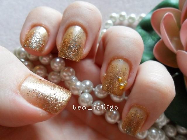 Gold gradient nail art | Flickr - Photo Sharing!