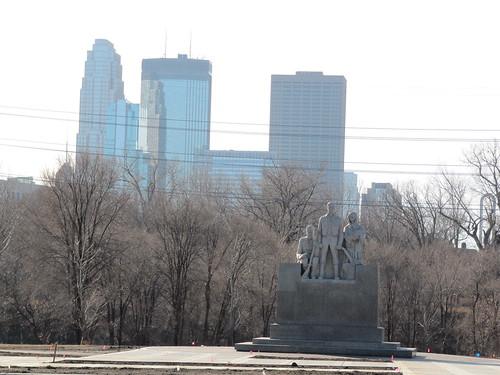 Minneapolis Pioneers Statue