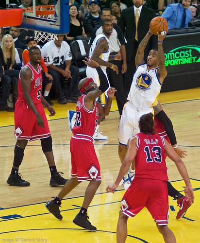 Monta Ellis Shot in the Lane