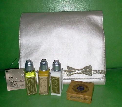 Body Shop Beauty Organizer L'occitane bath travel set