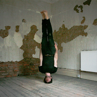 Animated Headstand