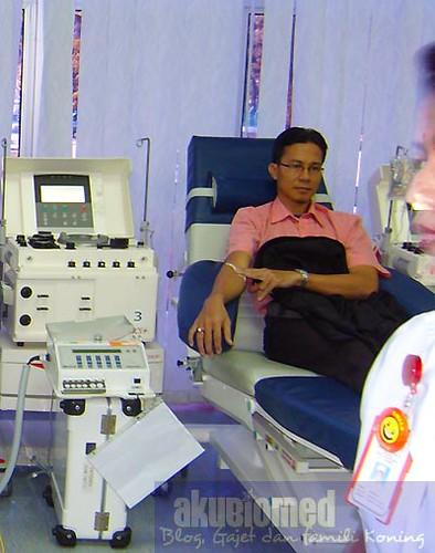 AkuBiomed ketika menderma darah tahun 2011