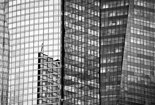 La Defense Abstract