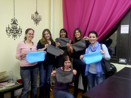 Students in my Beginner Basics class with their finished bags!