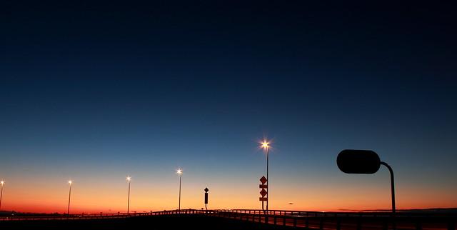夜明け橋 -bridge-