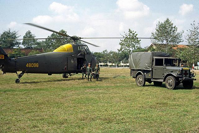 Cong Hoa Military Hospital (2400 beds)