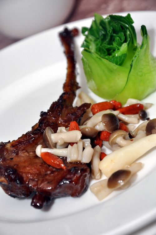 Pan-fried Lamb Rack with Chef Special Sauce 1