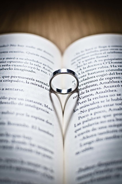 tipical ring+book picture :P