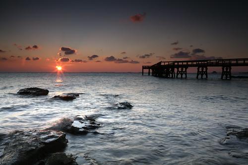 morning light sun sunrise canon dawn pier early rocks maryland wave pasadena chesapeakebay downspark ef2470f28lusm 5dmkii singhrayrgnd