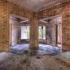 Converging Rooms