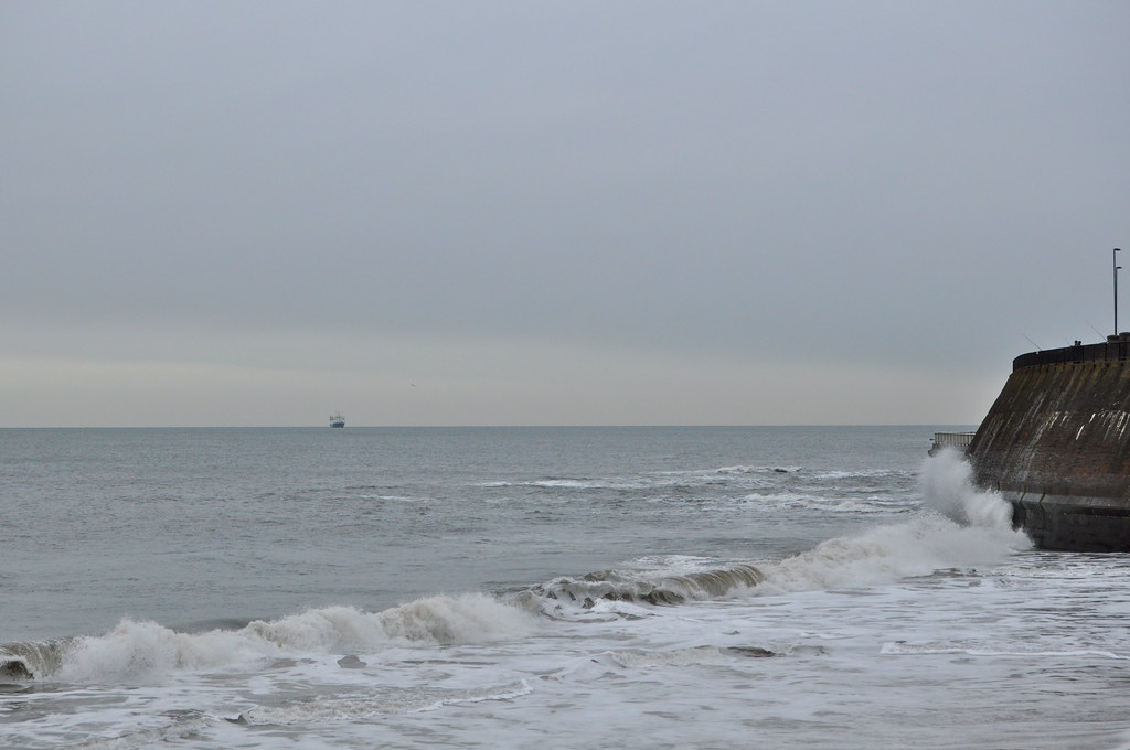 Choppy Seas at Whitley Bay