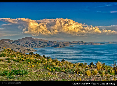 sunset lake mountains sol peru clouds de lago la paz bolivia copacabana nubes latinoamerica andes puesta hdr altiplano sudamerica tiquina photomatix titcaca d80 tikina cloudsstormssunsetssunrises navagable