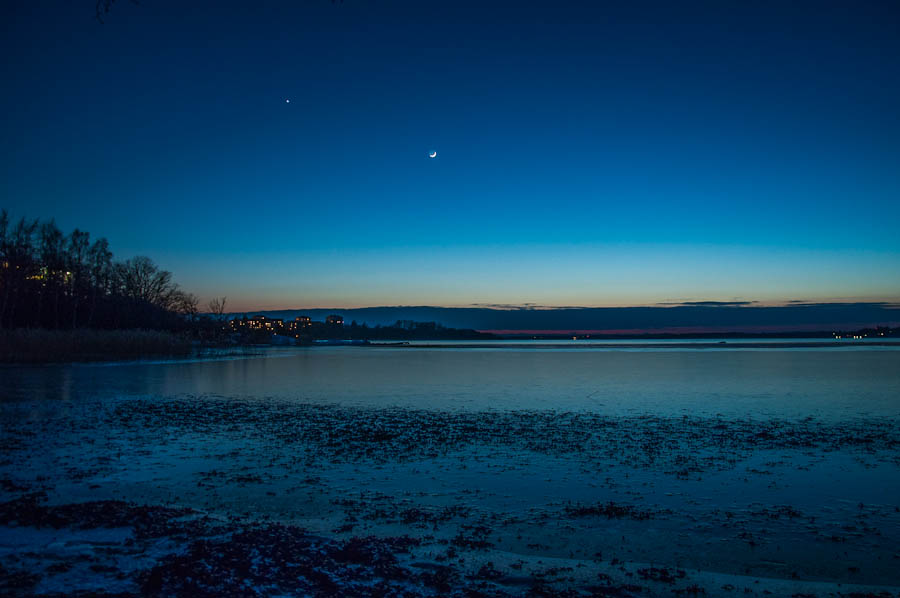 Moonset in Karlskrona