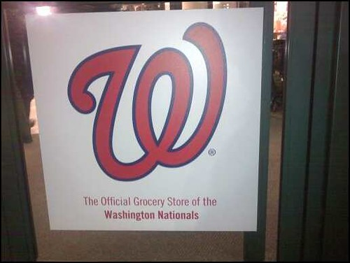 Harris Teeter Washington Nationals sign