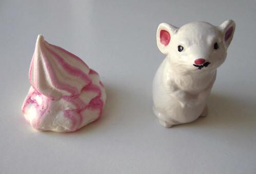 meringue & mouse