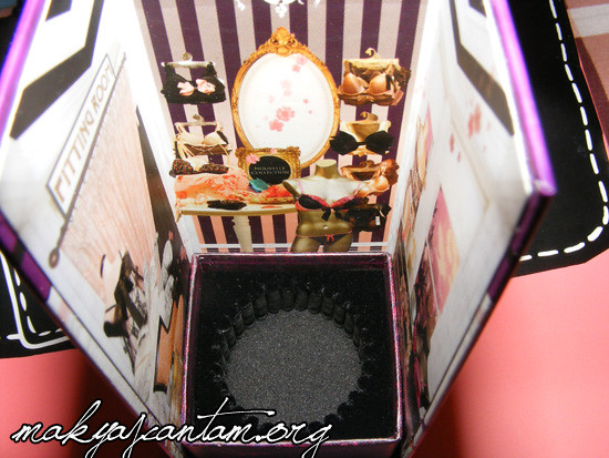 benefit_ring_my_bella_2