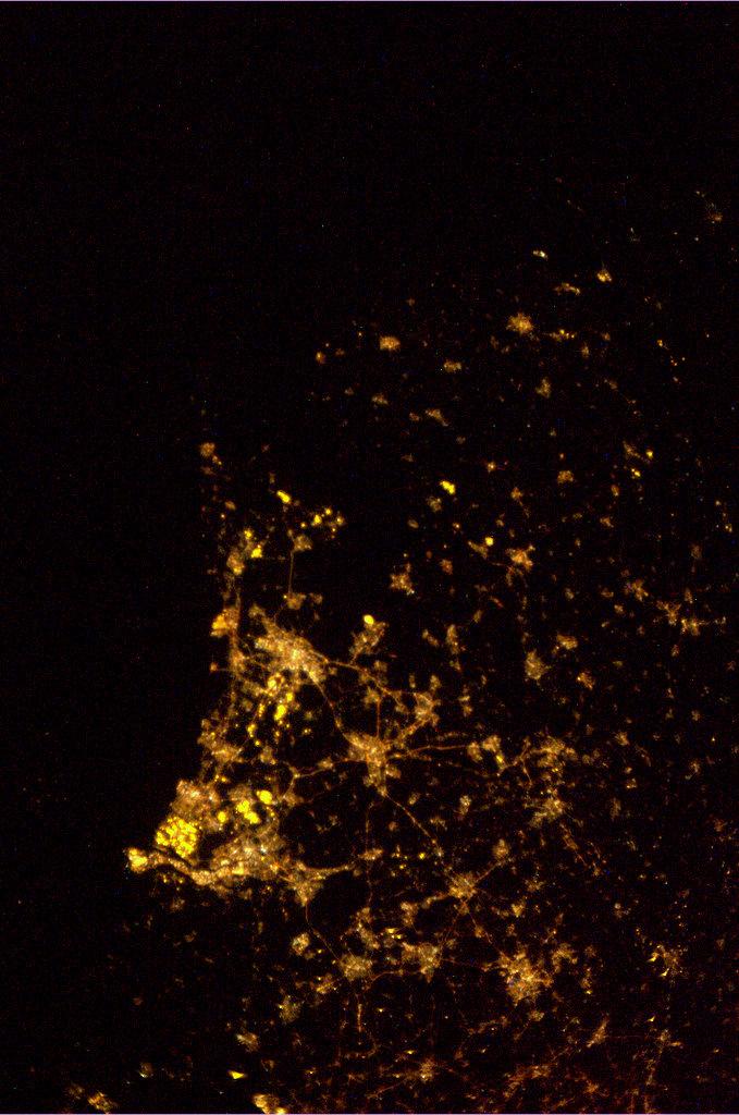 Heldere winternacht. Eindelijk een wolkenloos NL kunnen fotograferen. 2 februari 03:10
