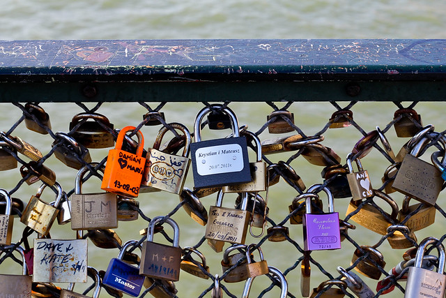 Pont des Arts, love locks