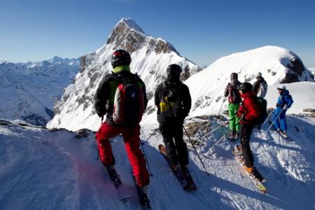 Recenze lyží z freeride kempů Robina Kalety