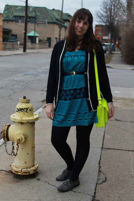 Neon and teal outfit: open back batik dress, navy wool tights, oversized cardigan, eyelet oxfords, neon satchel, navy snakeskin belt