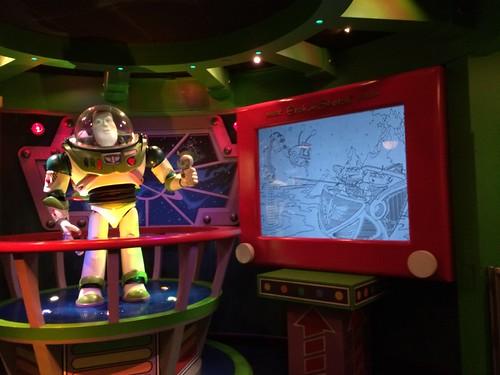 Atracción Buzz Lightyear