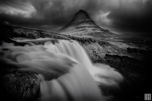 the elements tension - Kirkjufellfoss