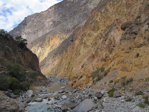 Trek du Cañon de Colca: traversée de la rivière Colca