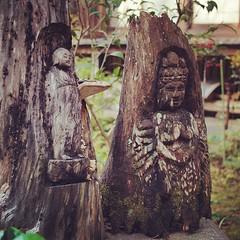 円覚寺黄梅院境内の小さな仏
