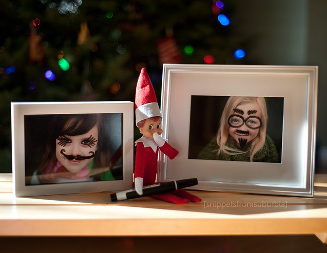 Drawing on Photos Elf on the Shelf. Click for more ideas! #elfontheshelf