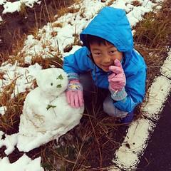 初めて一人で作った雪だるま