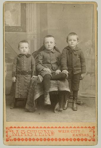 Cabinet Card Three boys