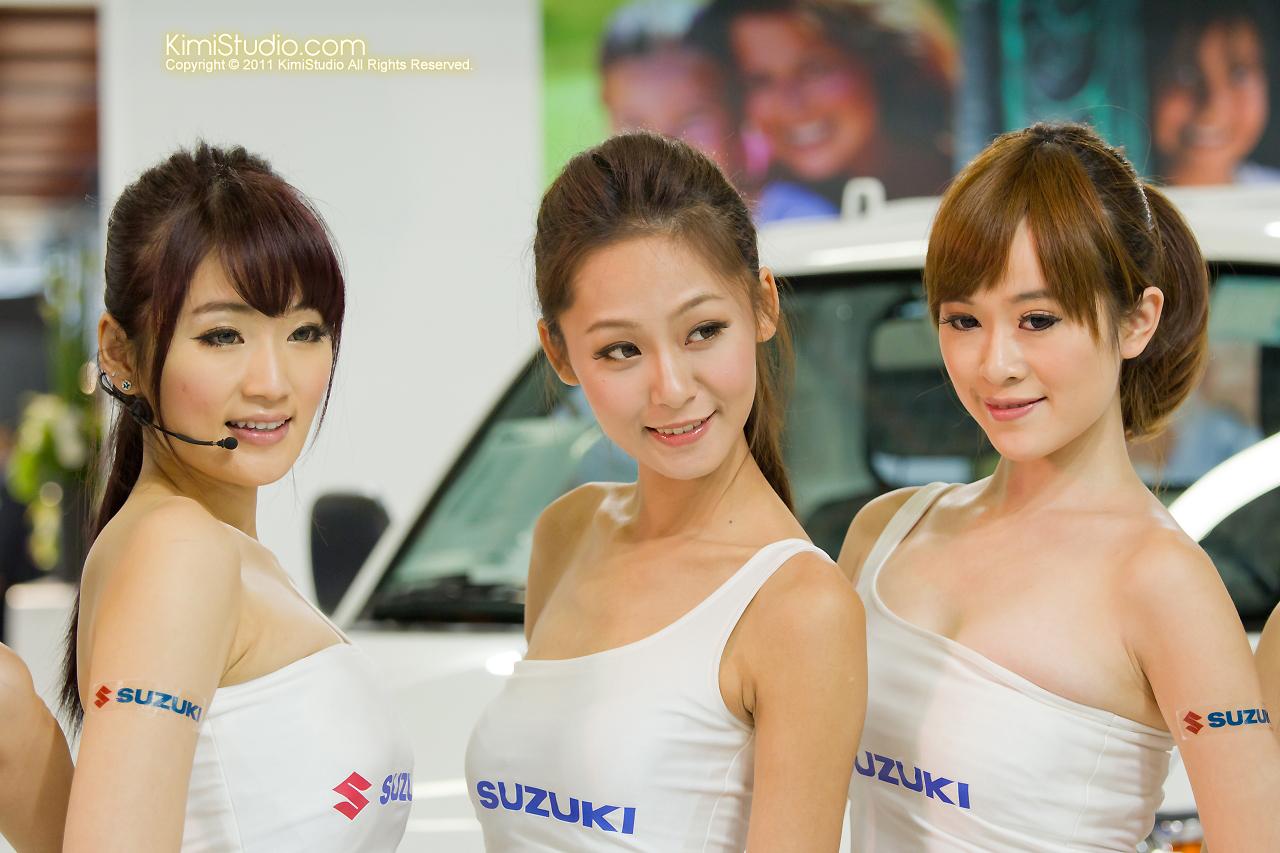 2011.12.23 Model-136