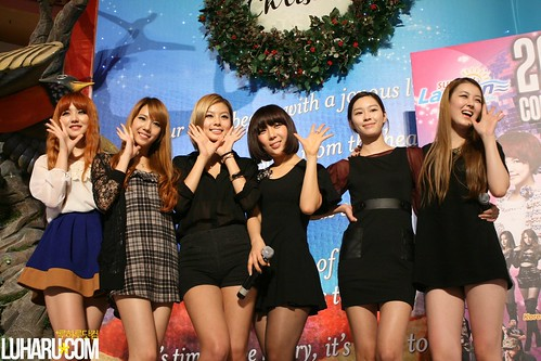 Rania Fansign 034