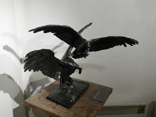 « Combat de vautours » par Paul Landowski